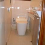 介護用トイレのリニューアル⇒ 内装をいじらず使い易く